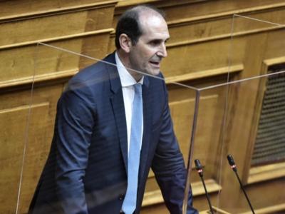 Βεσυρόπουλος: «Κανείς μόνος του σε αυτήν τη δύσκολη συγκυρία»