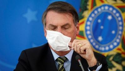 Και πάλι θετικός στον κορωνοϊό ο πρόεδρος της Βραζιλίας Μπολσονάρου