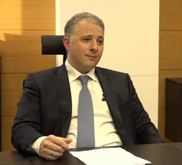 B. Καραμούζης: Το ελληνικό τραπεζικό σύστημα βρίσκεται πλέον στο τελευταίο στάδιο εξυγίανσης