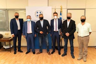 Συνάντηση Γ. Χατζηθεοδοσίου και μελών της Διοίκησης του Ε.Ε.Α. με τον Περιφερειάρχη Αττικής Γ. Πατούλη για στήριξη της επιχειρηματικότητας