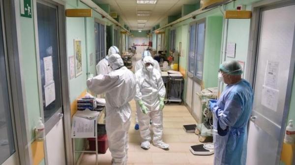 1.211 νέα κρούσματα κορωνοϊού και 12 θάνατοι το τελευταίο 24ωρο στη χώρα