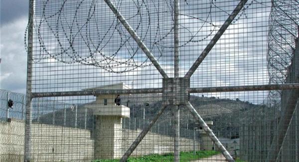 Φυλακές Αυλώνα: Απομακρύνθηκαν από τα καθήκοντά τους Διευθυντής και Αρχιφύλακας μετά τις άγριες συμπλοκές