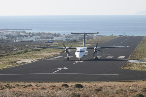 Prorata: Έξι στους 10 δεν νιώθουν ασφαλείς μετά την άρση των περιορισμών στις πτήσεις