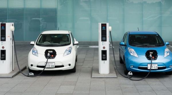 Σε 15 ημέρες 5.000 αιτήσεις για επιδότηση αγοράς ηλεκτρικών οχημάτων