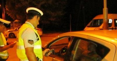 Στην «τσιμπίδα» της Τροχαίας 232 άτομα υπό την επήρεια αλκοόλ την περασμένη Παρασκευή και το Σάββατο