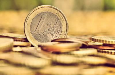 Στα 354 δισ. ευρώ σκαρφάλωσε το χρέος της Ελλάδας