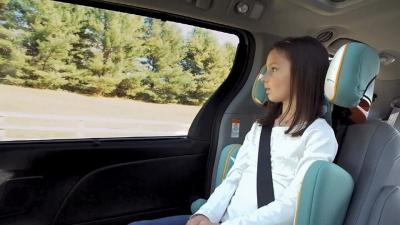 ΚΟΚ: Παιδιά έως 12 ετών σε ειδικό κάθισμα στο αυτοκίνητο - Μετά τα 16 σε μηχανή