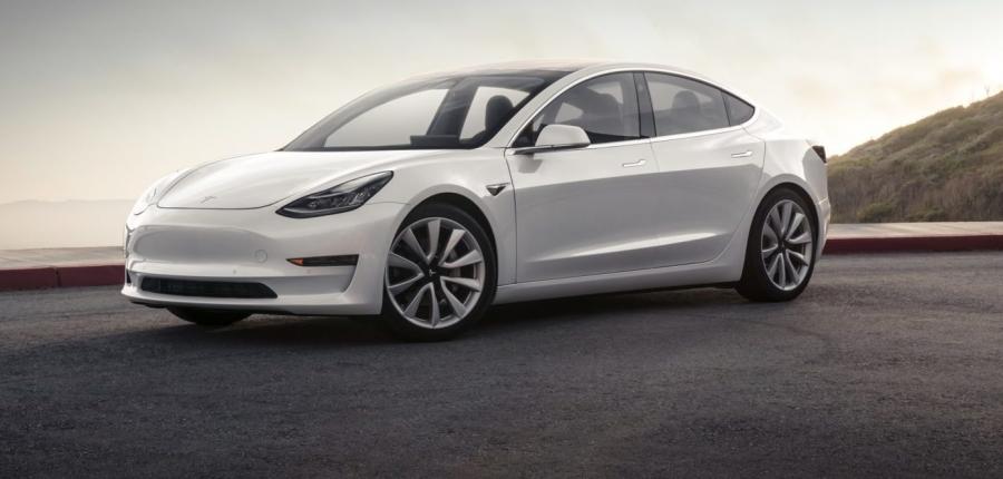 Η Tesla ανοίγει κατάστημα στην Ελλάδα