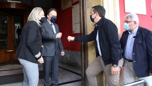 Τον «Ερυθρό Σταυρό» επισκέπτεται ο Αλέξης Τσίπρας