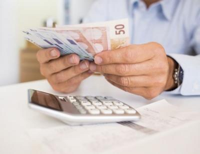 Άγγιξαν τις 80.400 οι αιτήσεις των εργαζομένων για τα 800 ευρώ