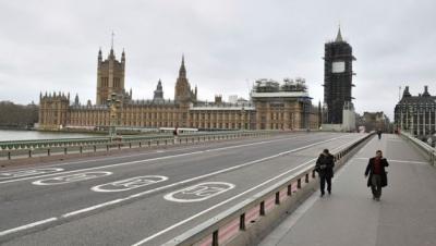 Βρετανία: Ενημέρωσαν εσφαλμένα 1.300 άτομα ότι έχουν κορωνοϊό