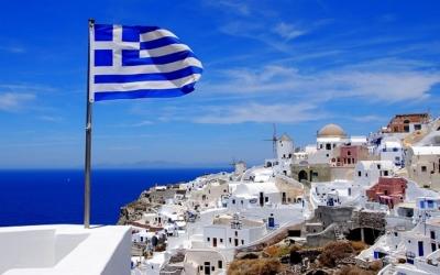 Τεράστια η ζήτηση των Ολλανδών για διακοπές στην Ελλάδα μετά την άρση του υποχρεωτικού τεστ
