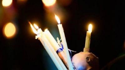 Απόψε το Άγιο Φως και Πανηγυρική Αναστάσιμη Ακολουθία στις Εκκλησίες