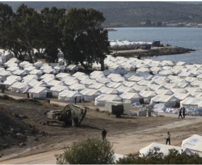 Λέσβος: Συνεχίζεται η μετακίνηση μεταναστών και προσφύγων στο Καρά Τεπέ