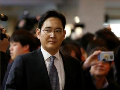 Ν. Κορέα: Ένταλμα σύλληψης για τον αντιπρόεδρο της Samsung