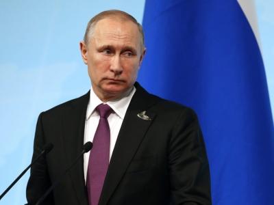 Κορωνοϊός: Σε καραντίνα μπαίνει ο Πούτιν