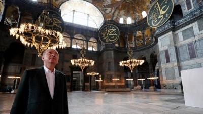 Πρώτη συμβολική επίσκεψη Ερντογάν στην Αγία Σοφία