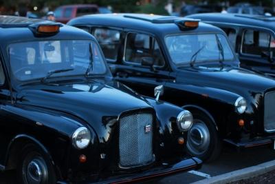 Έλεγχος ποινικού μητρώου στους οδηγούς ταξί του Ηνωμένου Βασιλείου