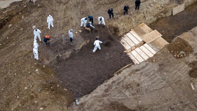 Νέα Υόρκη: Στα αζήτητα 10.000 θύματα από κορωνοϊό - Τους θάβουν στο «Νησί των Νεκρών»