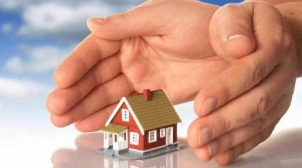 Άμεση αναστολή των πλειστηριασμών α΄ κατοικίας των ευάλωτων νοικοκυριών ζητούν οι Δικηγορικοί Σύλλογοι