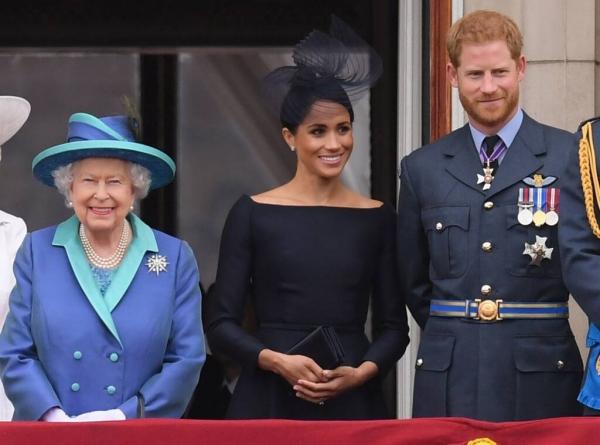 Η βασίλισσα Ελισάβετ στηρίζει την απόφαση Χάρι - Μέγκαν