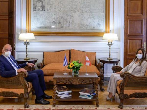 Οι εξελίξεις στην Αν. Μεσόγειο στη συνάντηση Δένδια με την υπουργό Εξωτερικών του Λιβάνου