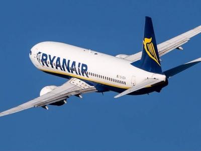 Ryanair: Σχεδιάζει την περικοπή 3.000 θέσεων εργασίας