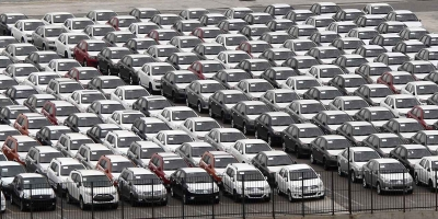 Πτώση 37% στις ταξινομήσεις νέων αυτοκινήτων τον Ιούνιο