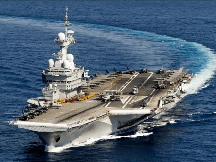 Charles de Gaulle: Αποπλέει από την Τουλόν με ισχυρή συνοδεία αλλά με μυστικό προορισμό