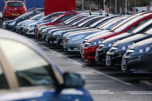 Πτώση των ευρωπαϊκών πωλήσεων αυτοκινήτου τον Ιανουάριο